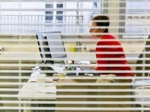 Ce qui lui a permis de rapidement s'imposer sur le marché de la transaction de bureaux, de locaux d'activité, de surfaces résidentielles et aussi de commerces. - image 6