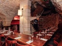 Les spécialités dignes des plus grands bistrots de Paris vous feront découvrir des produits d'Auvergne comme le veau de lait Ferrandais,et les fromages Auvergnat - image 2