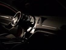Spécialisé dans les techniques avancées d'injection plastique, Novares crée des produits de haute technologie contribuant au développement de véhicules plus propres, plus légers, plus connectés et plus conviviaux - image 2