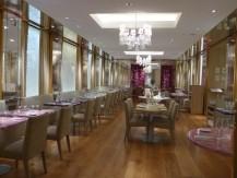 Salon privé de 2 à 20 couverts, possibilité de privatiser le restaurant jusqu'à 50 couverts Le 68 est né de la rencontre et de la complicité de deux hommes talentueux, Guy Martin chef étoilé et Thierry Wasser le parfumeur de la Maison Guerlain - image 5