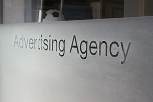 Communication online, offline et par l'objet. Agence de publicité. - présentation 3