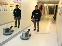 Nettoyage d'immeubles, magasins, bureaux, parkings, collectivités, etc - image 4