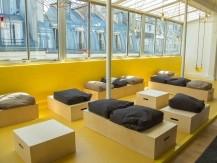 Surface : 270m2, 3 pièces ouvertes : un atelier, un salon et une cuisine aménagée - image 5