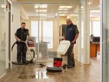 Le Groupe Alhéna est un acteur majeur des métiers du nettoyage et de la propreté depuis 50 ans, Près de 1000 hommes et femmes portent les valeurs et les engagements du Groupe - image 5