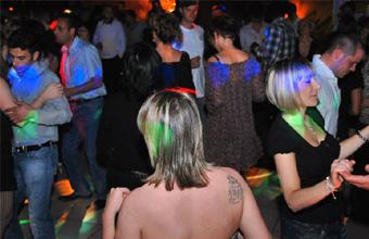 Discotheque club 91. <br>Pour sortir la nuit.  - pr&eacute;sentation 3