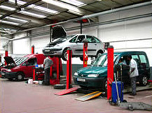 Equipes d�di�es aux entreprises sp�cialis�es  B to B  . Gammes de v�hicules particuliers et utilitaires, gestion de parcs automobiles, conseil et vente. - image 6