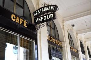 Meilleur restaurant gastronomique Paris. Chef cuisinier étoilé Guy Martin - présentation 2