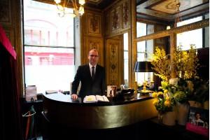 Meilleur restaurant gastronomique Paris.<br> Chef cuisinier étoilé Guy Martin - pr&eacute;sentation 3