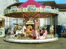 Location de manège carrousel, chevaux de bois, manèges forains authentiques. - image 6