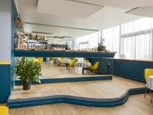 Salle de 60 places assises, et terrasse de 50 places pour les beaux jours - image 3