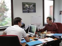 A votre service: conseil et expert en communication, chef de publicité, commerciaux expérimentés, «media planner», acheteur d'espace, marketeurs stratégiques opérationnels et interactifs, professionnels en organisation événementielle, créatifs, relations publiques et presse - image 4