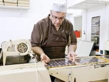 Chocolats fabrication artisanale. Bonbons de chocolats 100% beurre de cacao. - image 8