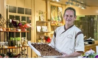 Chocolats fabrication artisanale. Bonbons de chocolats 100% beurre de cacao. - présentation 1